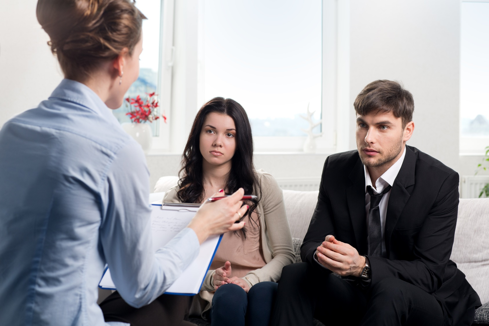 The Importance of Hiring the Right Divorce Attorney