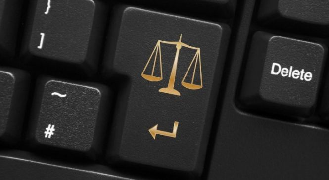 What to look for when finding a lawyer online?